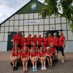 19 Frauen auf Wanderfahrt mit Herrn von Ribbeck auf Ribbeck im Havelland